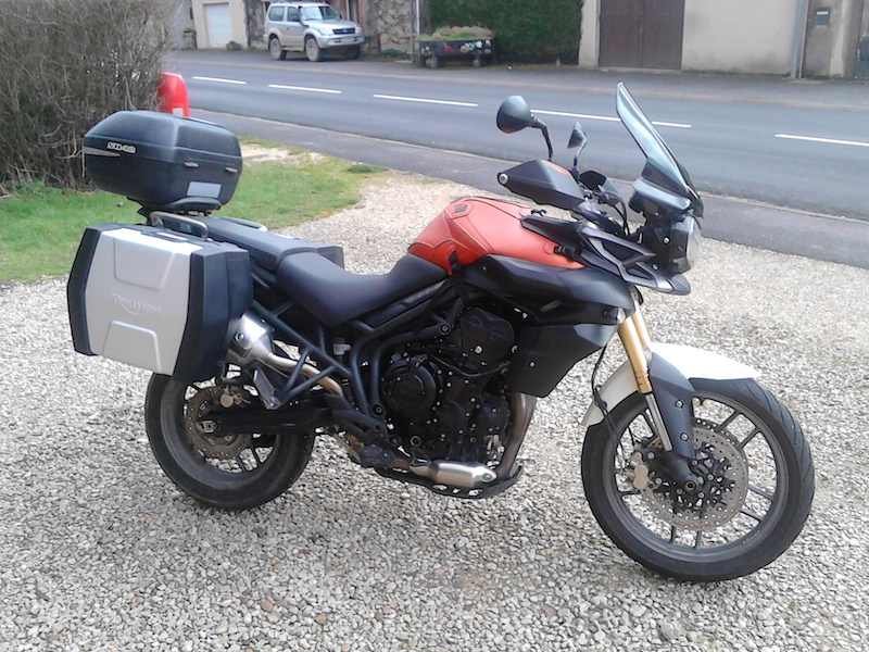 Triumph Tiger 800 Motomaton